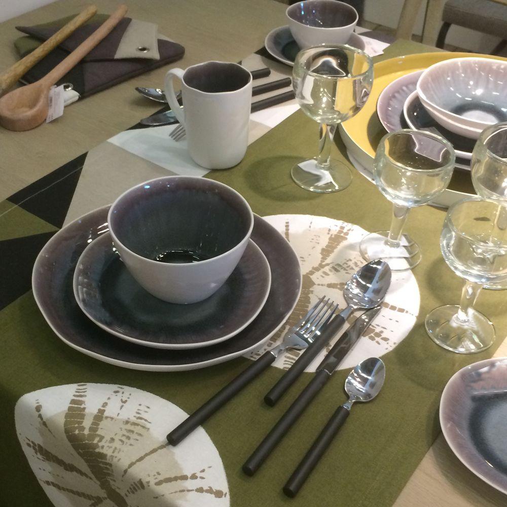 bambou plate achat vente de bambou pas cher. Black Bedroom Furniture Sets. Home Design Ideas