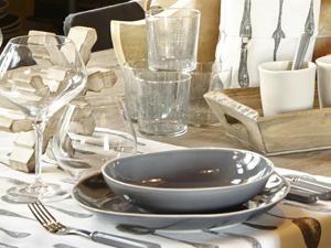 Table et dependances le sp cialiste des arts de la table - Vaisselle cote table ...