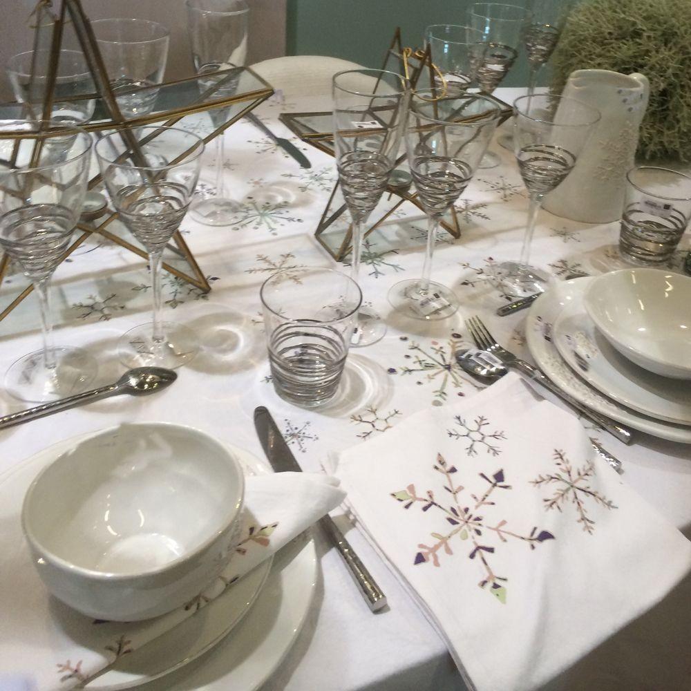 Snowflake - Pichet  en ceramique blanche motif flocon