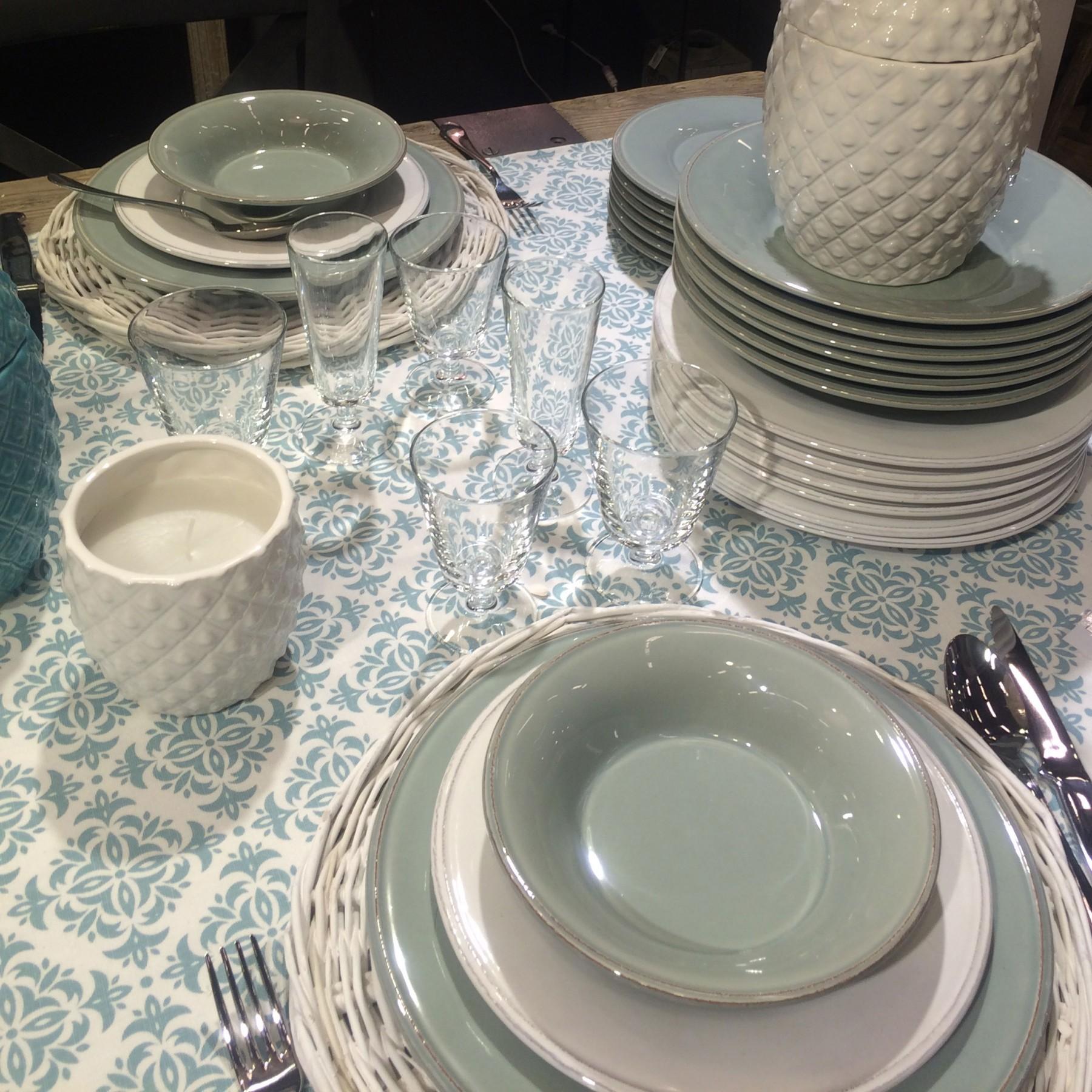 Batik - nappe bati bleu et blanche en coton 260x160
