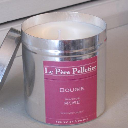 Tout Couleurs -Bougie Boite Alu   parfum rose