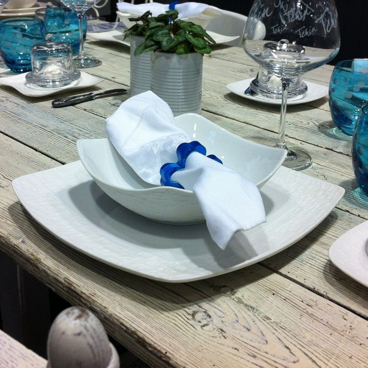 kara assiette plate carr e blanche effet biscuit par4. Black Bedroom Furniture Sets. Home Design Ideas
