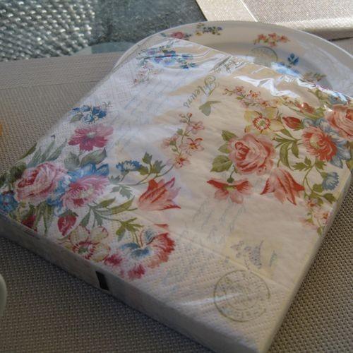 Fleurs set de 20 serviettes en papier - Serviettes de table en papier ...